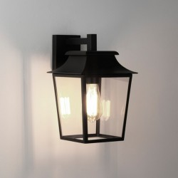 Бра Astro 7966 RICHMOND WALL LANTERN 200 TB